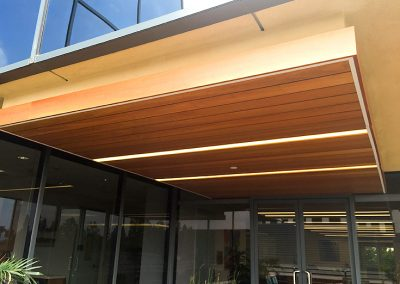 Outdoor entry way at Orange County Medical Center